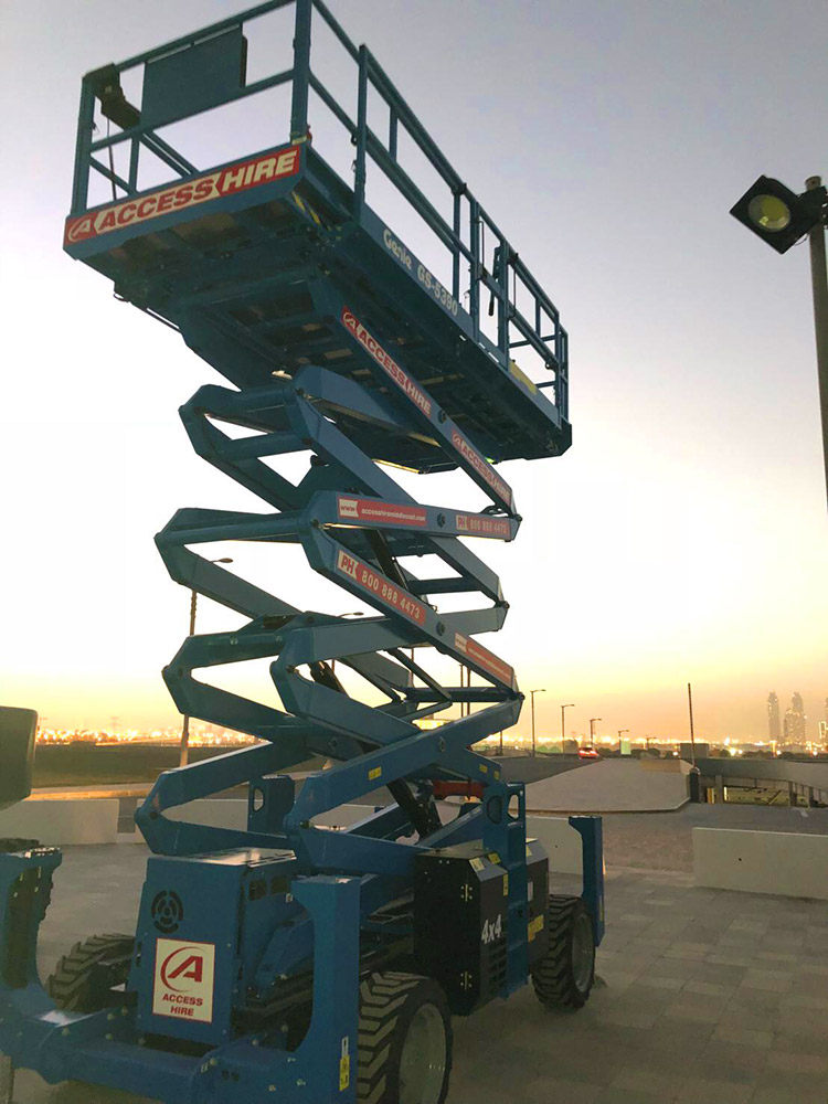 scissor-lift-hire-uae